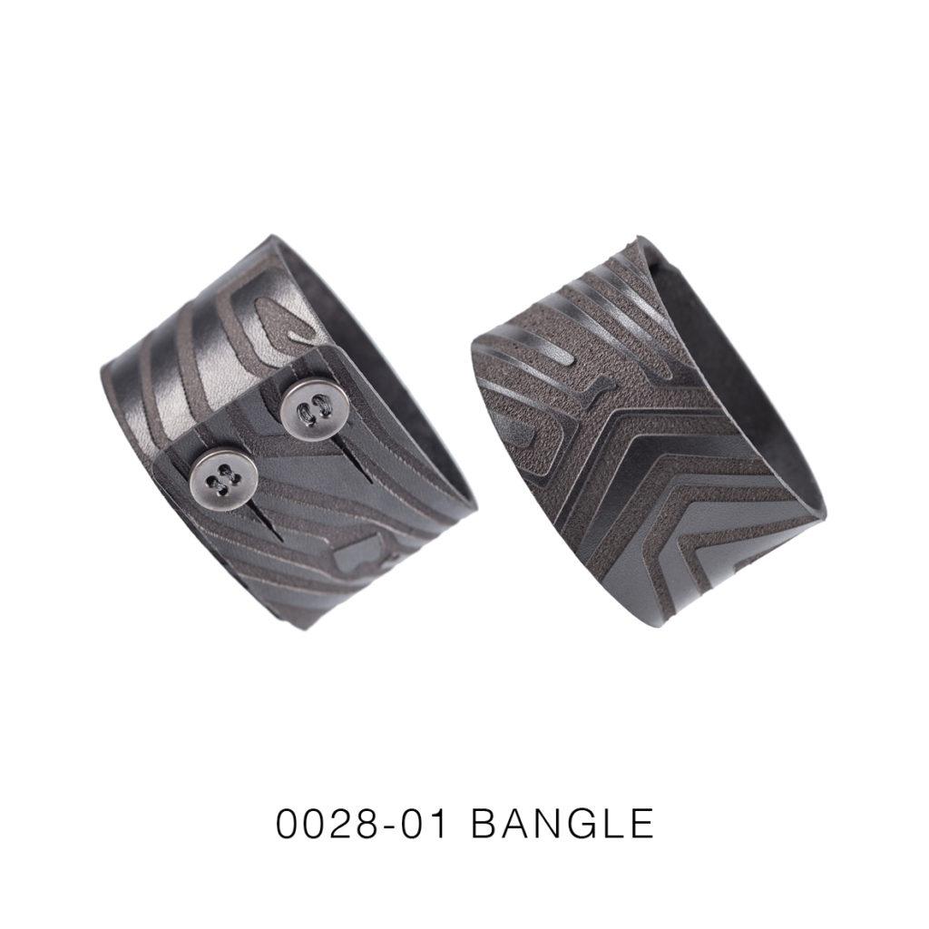 0028-01 Bangle Taglio e grafica laser / Laser cut and graphic Nero / Black 100% PELLE CONCIA AL VEGETALE / VEGETABLE TANNING LEATHER