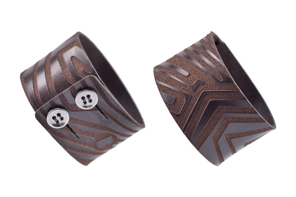 0028-02 Bangle Taglio e grafica laser / Laser cut and graphic
