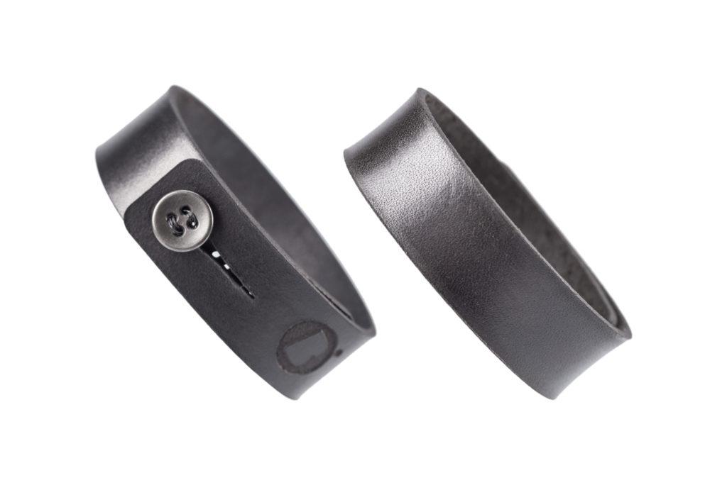 0030-03 Bangle Taglio e grafica laser / Laser cut and graphic